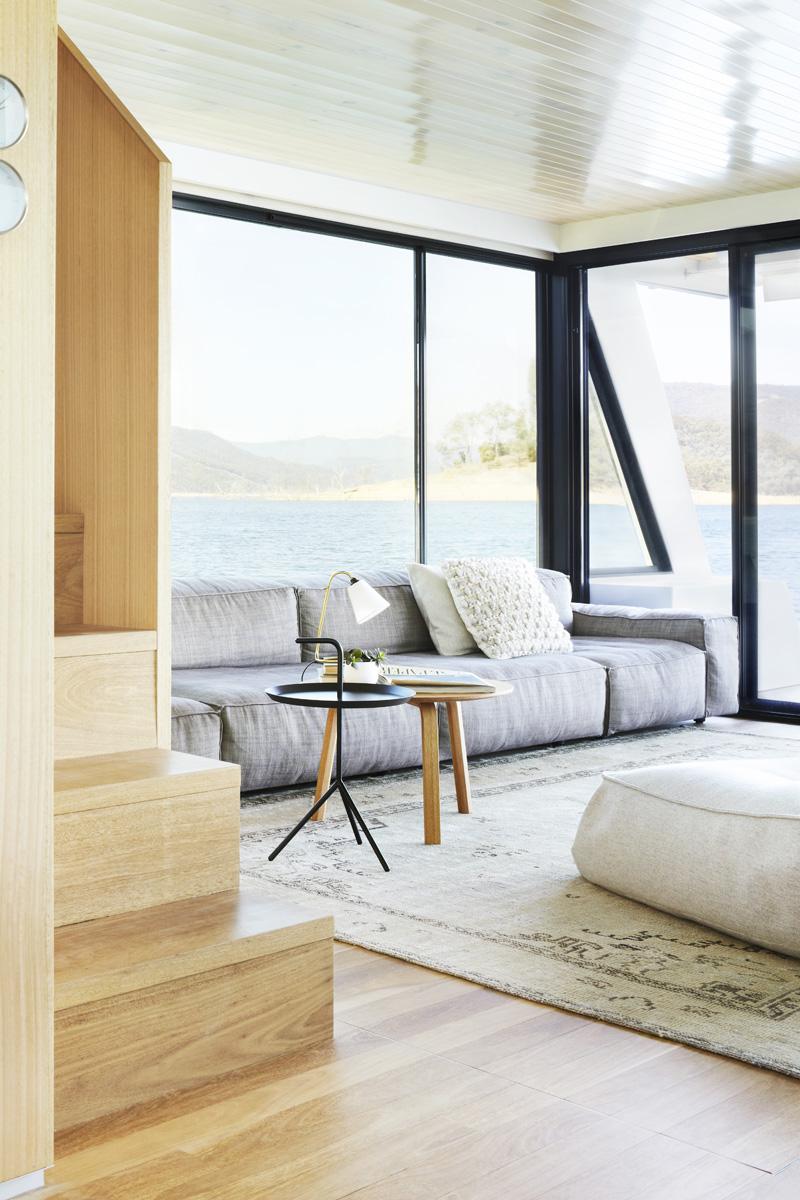280515_houseboat_01